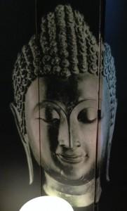 Buddha screen with lamp